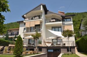 卡捷琳娜公寓 (Villa Katerina)