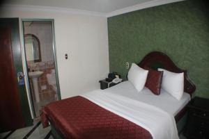 Lafont Park Hotel