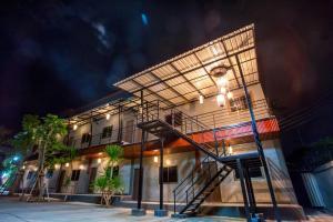 obrázek - The First Residence & Cafe