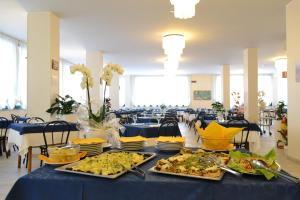 Hotel Baltic, Отели  Мизано-Адриатико - big - 25