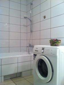 Near Station Apartment, Apartments  Vilnius - big - 78