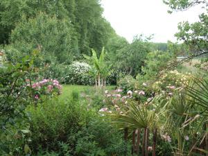 Gîte Au Jardin, Nyaralók  Meilhan-sur-Garonne - big - 7
