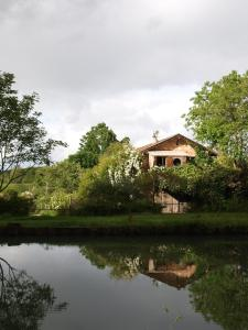 Gîte Au Jardin, Nyaralók  Meilhan-sur-Garonne - big - 1