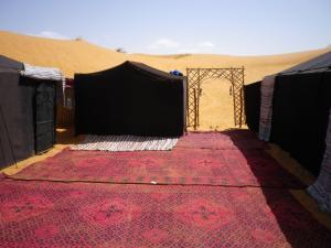 Marhaba Camp, Camel & Sandboarding, Zelt-Lodges  Merzouga - big - 22