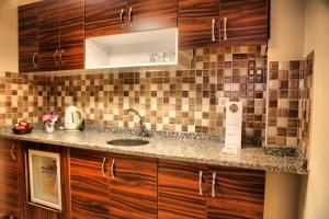 Chakra Suites Levent-Metro, Aparthotels  Istanbul - big - 10