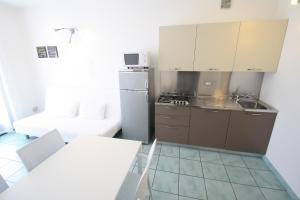 Villa Albaluisa, Ferienwohnungen  Bibione - big - 13