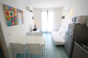 Villa Albaluisa, Ferienwohnungen  Bibione - big - 12