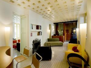 Petronilla  Hotel In Bergamo