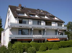 (Apartmenthaus Seetempel)