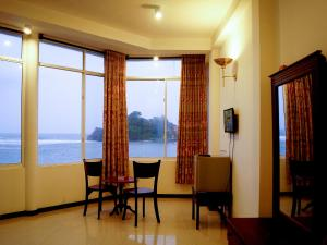 Sayurima Beach Hotel (Sayurima Tourist Hotel)