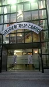 Manhattan Place