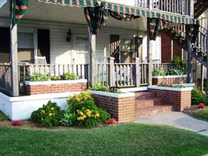 Mayflower Apartments photos