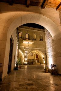 (Osmanbey Cave House)