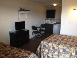 Prairie Dust Motel, Motely  Jenner - big - 2