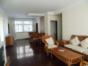 Sanya Hai Hua Apartment