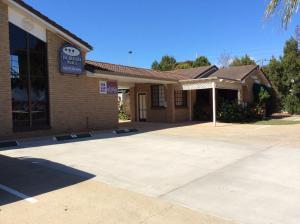 Jacaranda Place Motor Inn - Toowoomba, Queensland, Australia