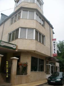Lilia Family Hotel