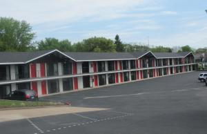 All Star Inn & Suites - Accommodation - Wisconsin Dells