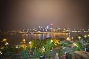 Chongqing Inpression Riverside Apartment