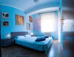 Universe Hostel