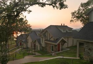 Hermann Hill Village & Chapel - Accommodation - Hermann