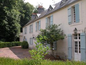 Demeure de Villiers, Bed and Breakfasts  Coudeville - big - 15