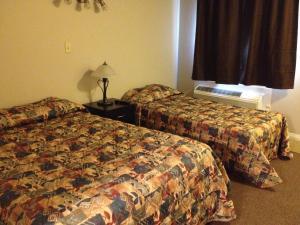 Prairie Dust Motel, Motely  Jenner - big - 6