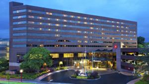 锡拉丘兹大学喜来登酒店及会议中心 (Sheraton Syracuse University Hotel and Conference Center)