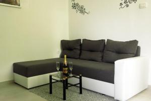 Apartment Mily