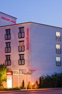 美居斯图加特机场展览会酒店 (Mercure Hotel Stuttgart Airport Messe)