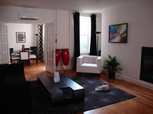 BlancNoir - Accommodation - Baltimore