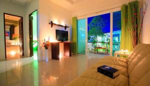 The One Cozy Vacation Residence, Hotels  Chalong  - big - 11