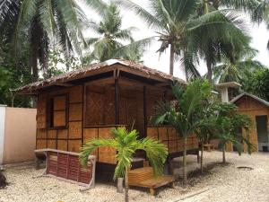 Luzmin BH - Cottages and Bungalows, Resorts  Oslob - big - 19