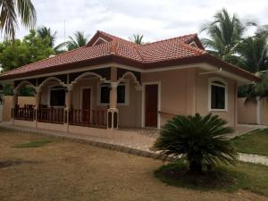 Luzmin BH - Cottages and Bungalows, Resorts  Oslob - big - 1