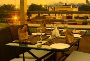 Tavisha Hotel, Hotels  New Delhi - big - 92