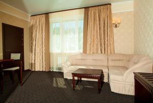 Green Hall Hotel, Szállodák  Kamenszk-Uralszkij - big - 19