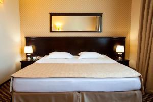 Green Hall Hotel, Szállodák  Kamenszk-Uralszkij - big - 9