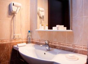 Green Hall Hotel, Szállodák  Kamenszk-Uralszkij - big - 4