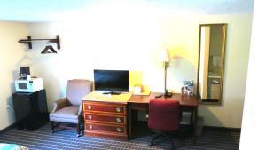 Budget Host Airport Inn, Мотели  Waterville - big - 7