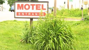 Budget Host Airport Inn, Мотели  Waterville - big - 15