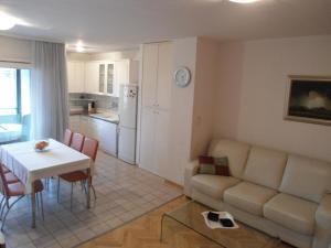 Apartment Iva, Апартаменты  Сплит - big - 9