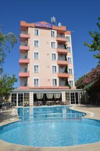 Айвалык - Megas Hotel