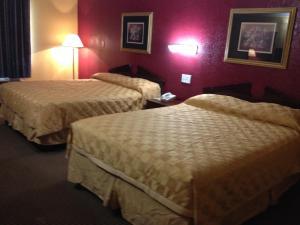 Americas Best Value Inn and Suites Denton, Motely  Denton - big - 12