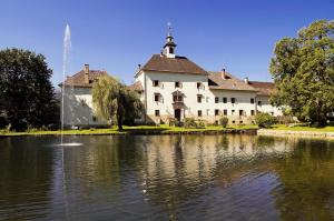 Castello-Castle-Schlo� Rothenthurn