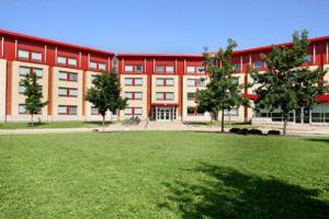 Residence & Conference Centre Oakville