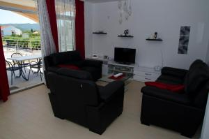Apartments Deak, Apartmány  Janjina - big - 5