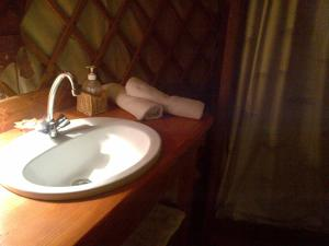 Almond Grove Yurt Hotel, Luxury tents  Ábrahámhegy - big - 4