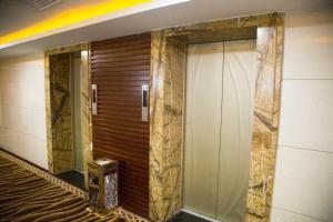 Price Long Zhou Grand Hotel