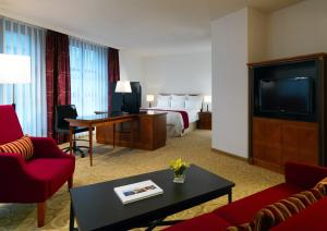 Studio Suite with Executive Lounge Access