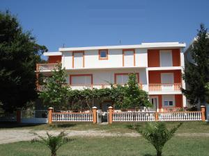 Apartments Brnjada